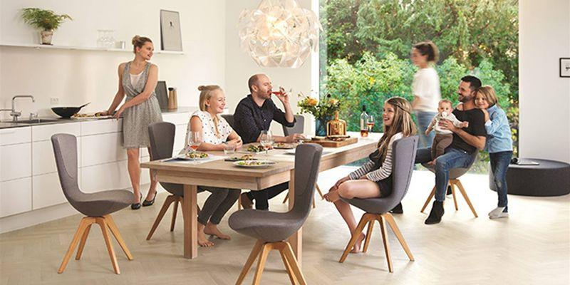 Sedersi in casa poltrone relax sedie per ufficio di casa for Poltroncine per tavolo pranzo